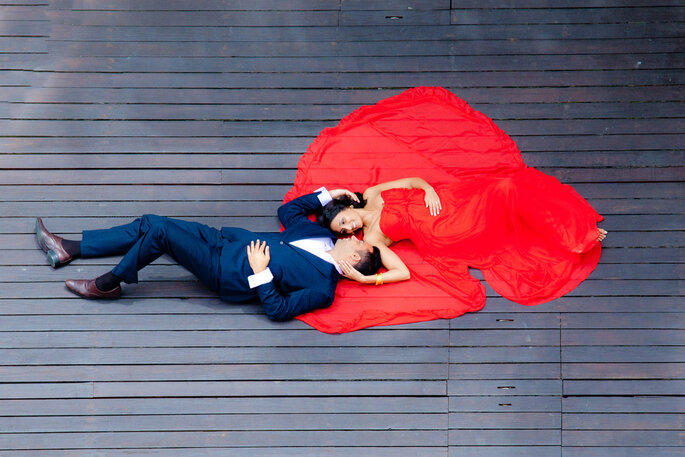 Photo: Color Blast Weddings.