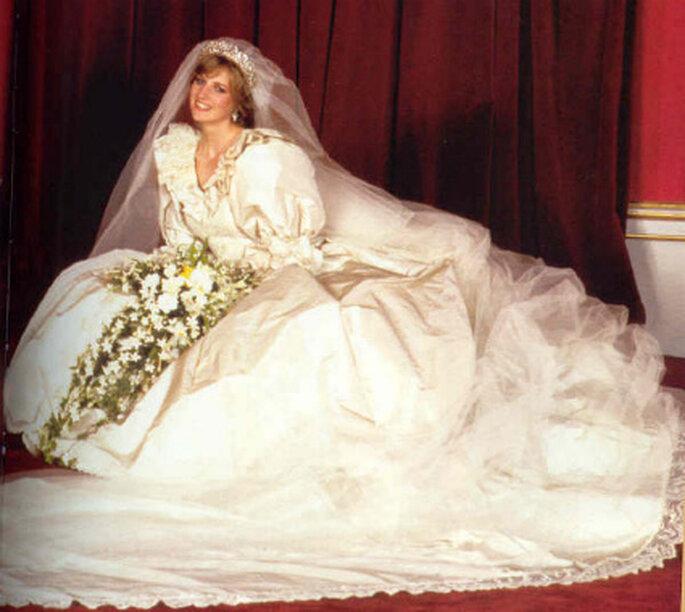 O vestido de noiva da princesa Diana