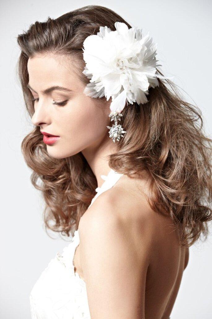 Hübsche Blumen im Haar - Foto: BHLDN