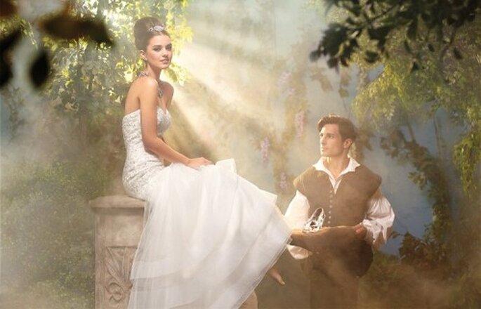 Elegante vestido de novia inspirado en Cenicienta - Foto Alfred Angelo