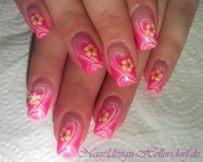 Beauty Trend Bunte Nagel Zur Hochzeit