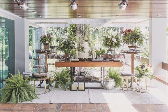Buquê de noiva não precisa ser igual à decoração