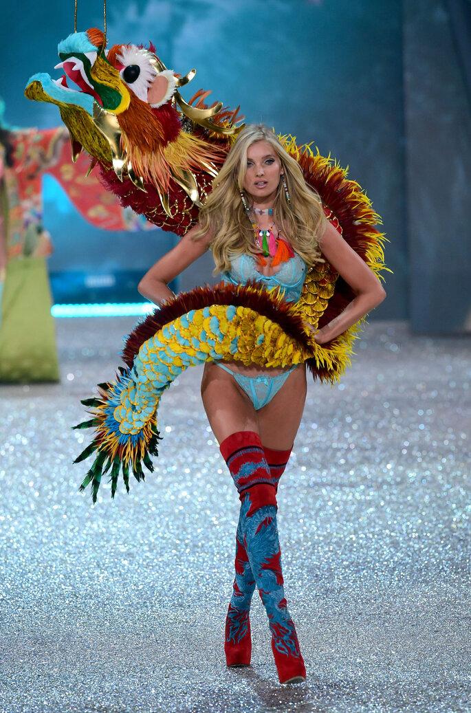 Elsa Hosk, desfile de Victoria's Secret 2016.