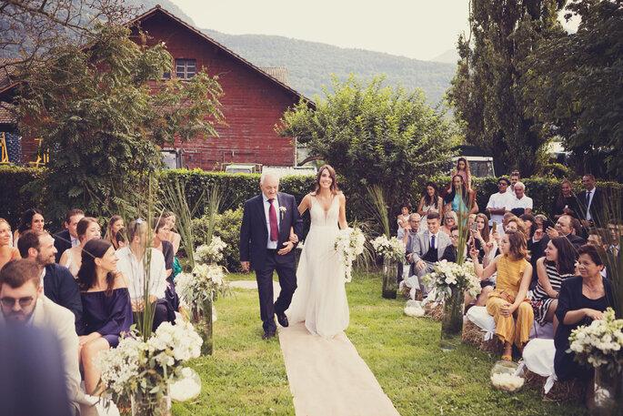 Trauung. Braut auf dem Weg zum Altar
