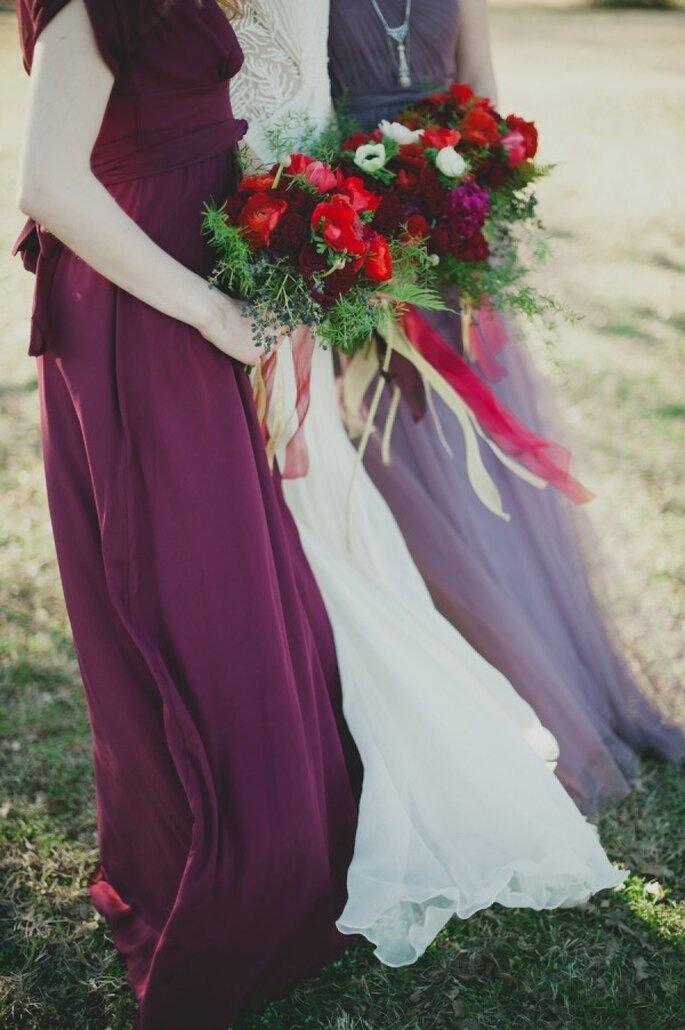 Cómo combinar los vestidos de tus damas de boda - Sarah McKenzie Photography