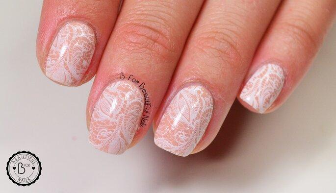 Koronkowe,ślubne zdorbienia B for beautiful nails
