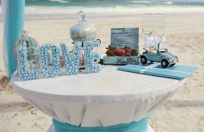 Whitechic Weddings