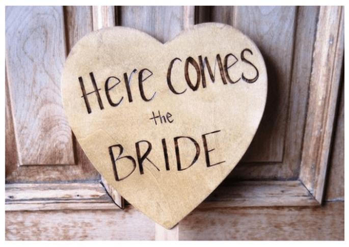 Una boda inspirada en San Valentín con muchos corazones - Foto This Fine Day