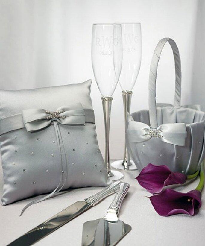 Detalles en color plata dan un toque de elegancia y sofisticación.