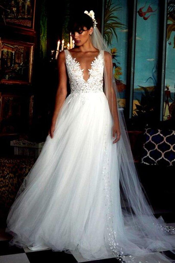 Le Fate Milano - scollo profondo abito da sposa