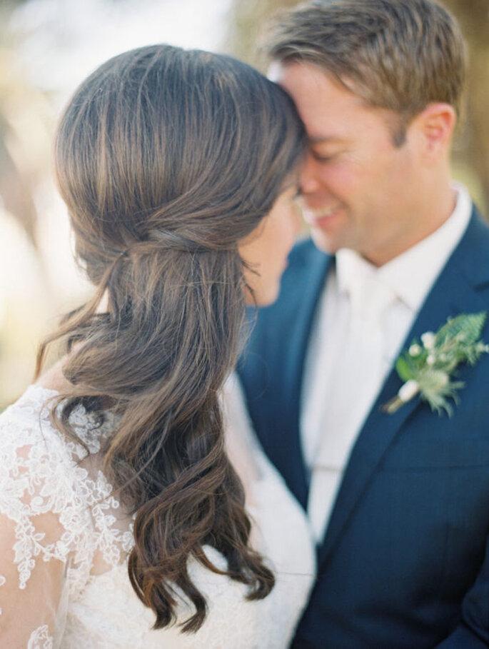 Peinado de novia recogido pero con ondas