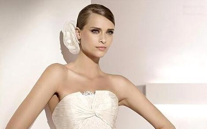 c463e56ba guardar · Colección de vestidos de novia Pronovias 2010