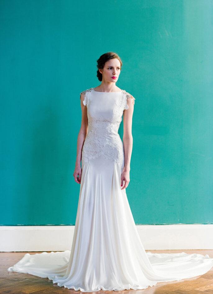 """Vista del frente - vestido de novia """"Pemberley"""" de Carol Hanna. Foto: http://carol-hannah.com/"""