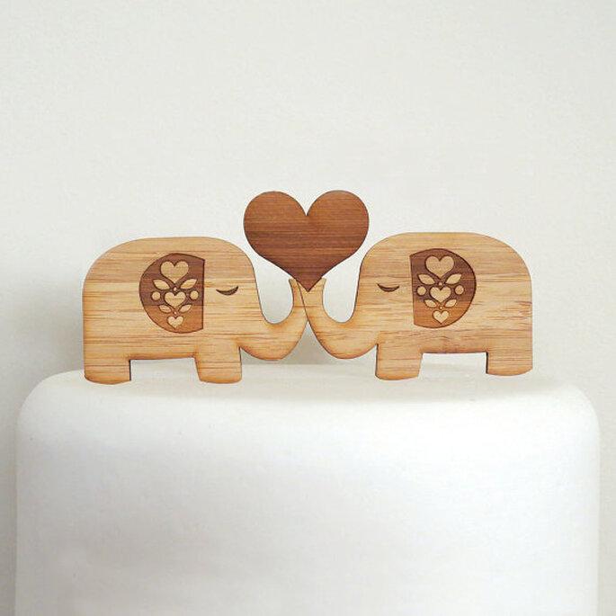 Cake topper de elefantes románticos - Foto Etsy