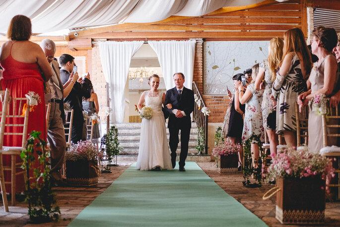 Buquê: feito pela noiva | Foto: Paolo Trentim