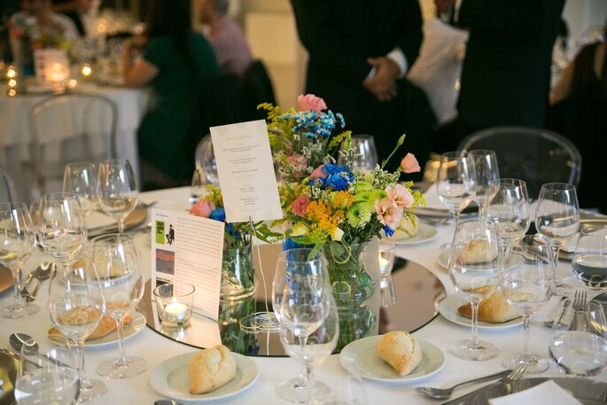 Visite o site de Outlux - Low Cost Weddings and Events