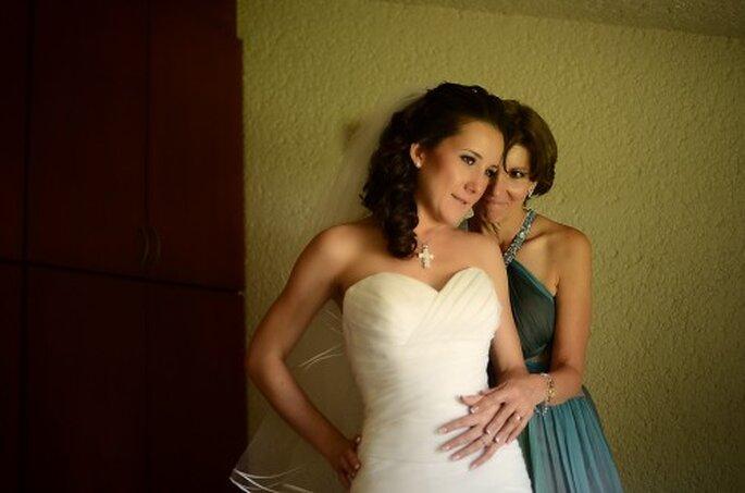 Procura que su look vaya acorde con su edad y el estilo de tu boda - Foto Arturo González