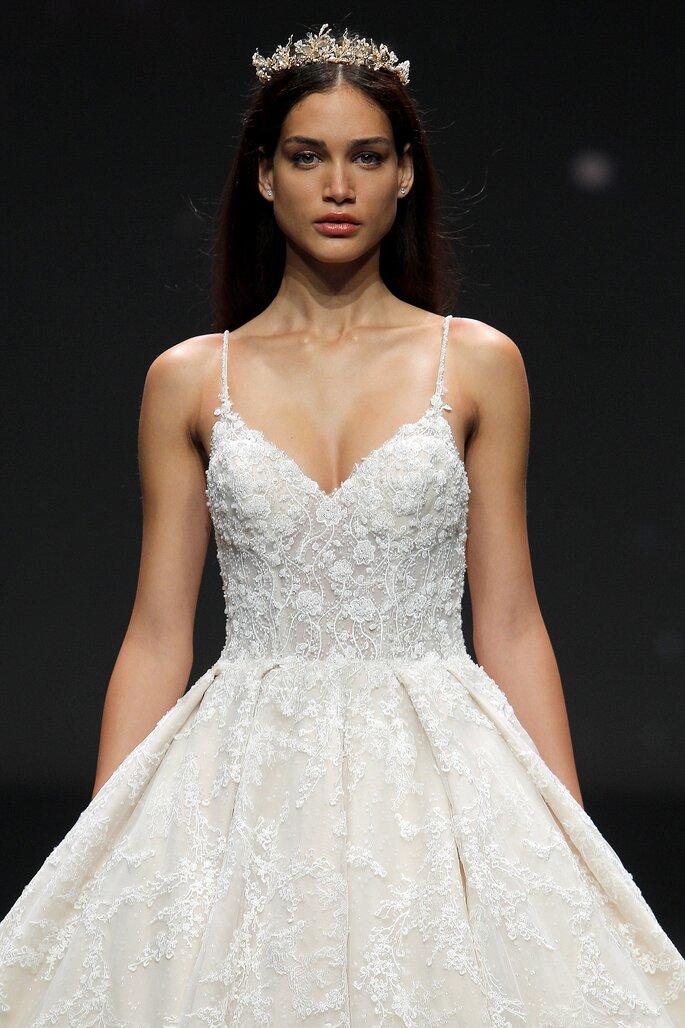 Abiti da sposa Demetrios 2021