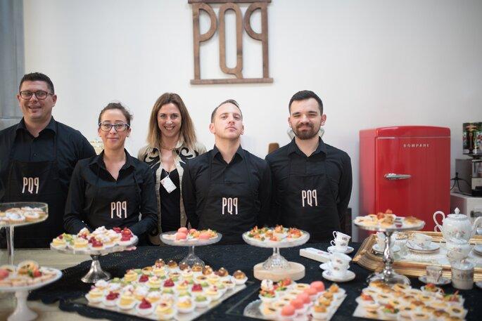 Lo staff PQP Banqueting - Foto: Infraordinario Wedding