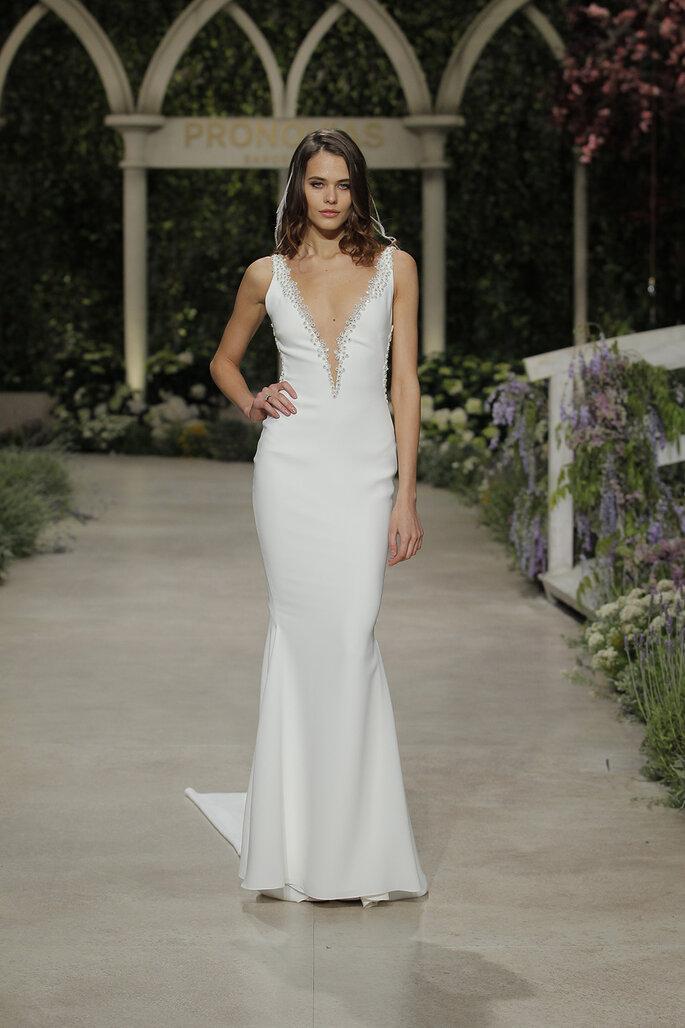 Hochzeitskleider mit V-Ausschnitt