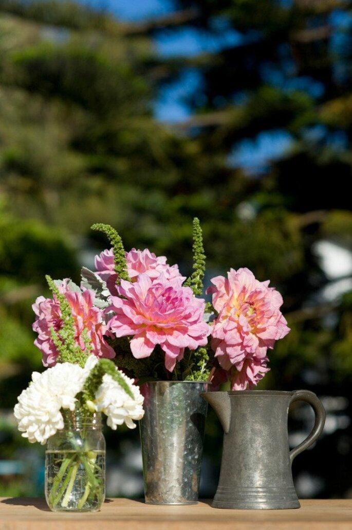 Los mejores acentos de color rosa para decorar tu boda - Foto Karen Wise Photography