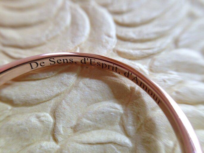 Photo : gravure lettres en bâtons - GEMMYO