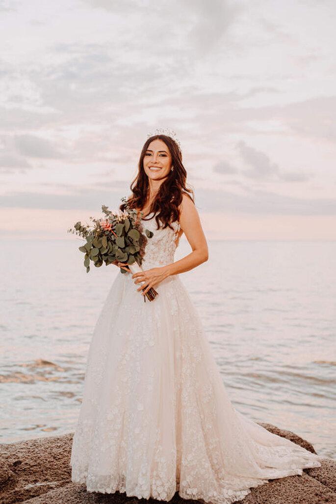 Dahian Velásquez Bridal Vestido de novia con corona