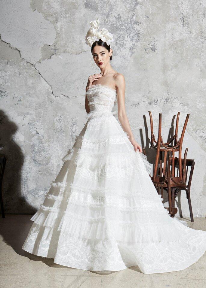 Vestido de novia princesa con aplicaciones en tul