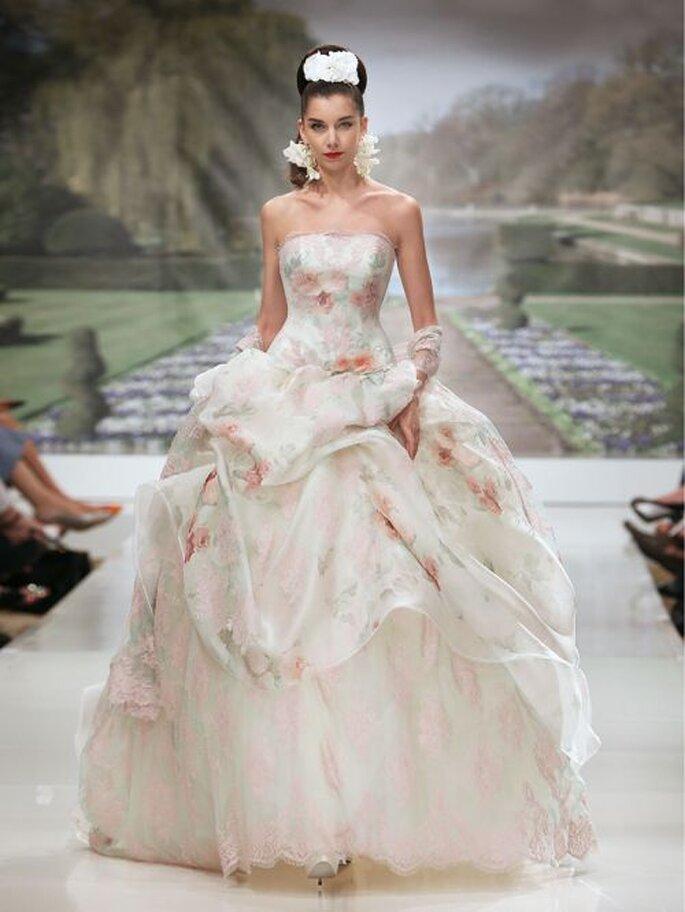 Hier Werden Hochzeitstraume Wahr Im Brautmodengeschaft Flamenco In