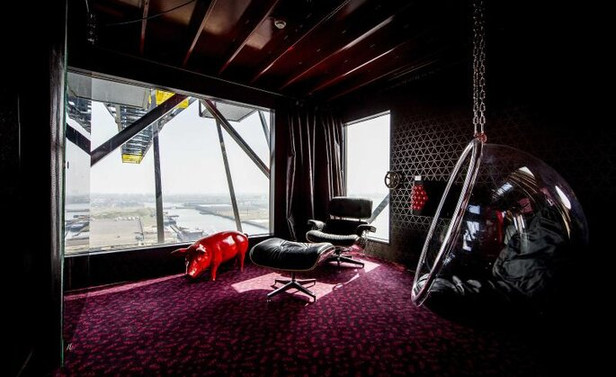 Faralda Crane Hotel / Photo - Binyen
