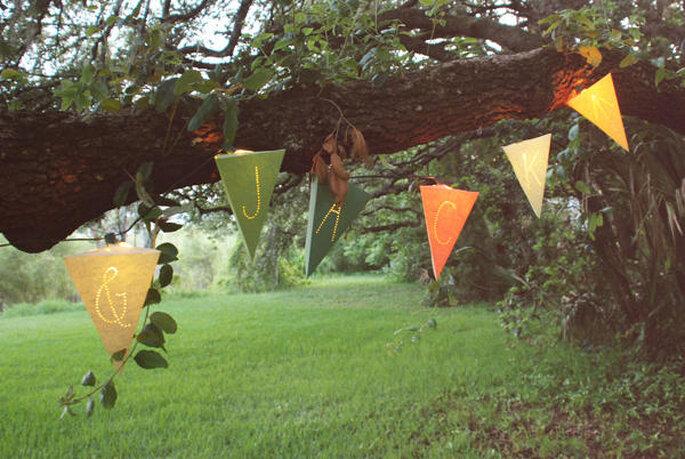 Guirnaldas de papel iluminadas
