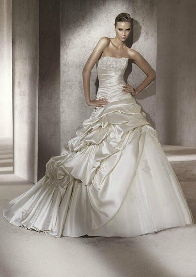Pronovias Pre-Collezione Ball Gowns 2012 Mod. Portico