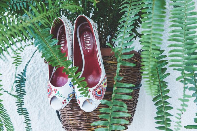 6d91e5f6c302c Sapatos de noiva em Portugal: os nomes que lhe proporcionam o máximo ...