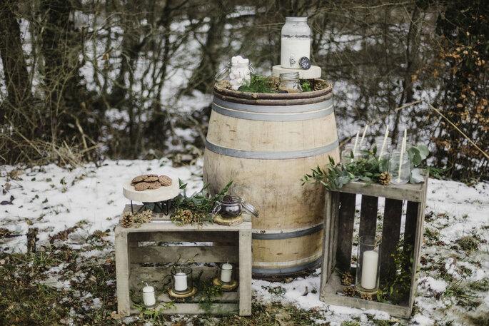 Clauday Événements - un décor hivernal et rustique dont les objets proviennent de chez Clauday Événements
