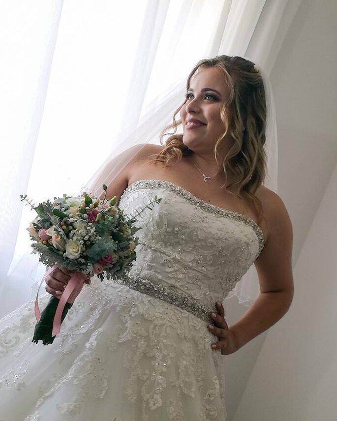 Noiva feliz por Noémia Pereira Makeup