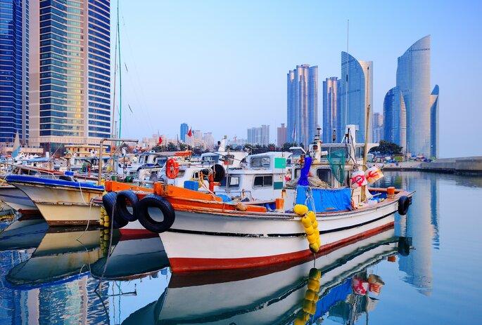 Busan, South Korea vía Shutterstock