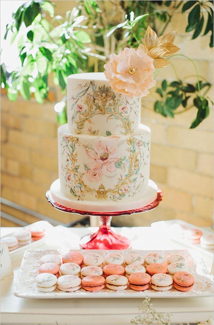 Wedding Cakes Through The Decades