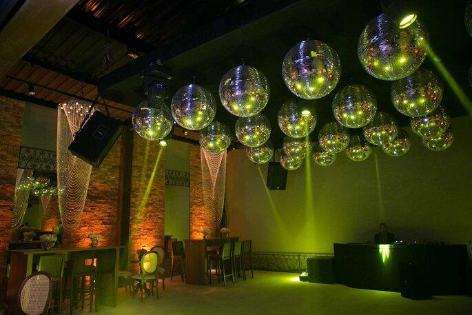 Pista de dança da festa no Espaço Villa Domenica