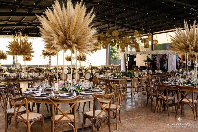 Decoración para mesas con centros hechos de naturaleza muerta con altura