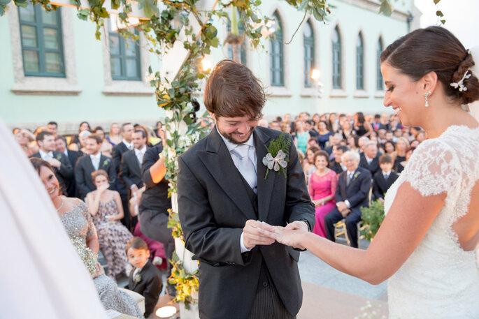 troca-de-alianças-casamento-moderno