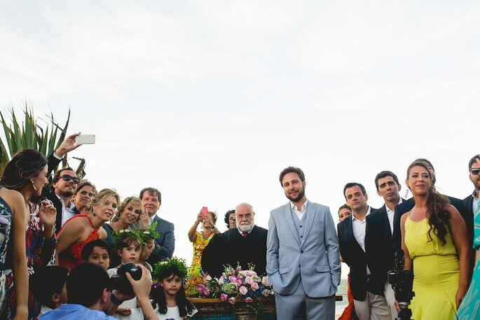 Roupa do noivo Ricardo Almeida. Foto: Thrall Photography