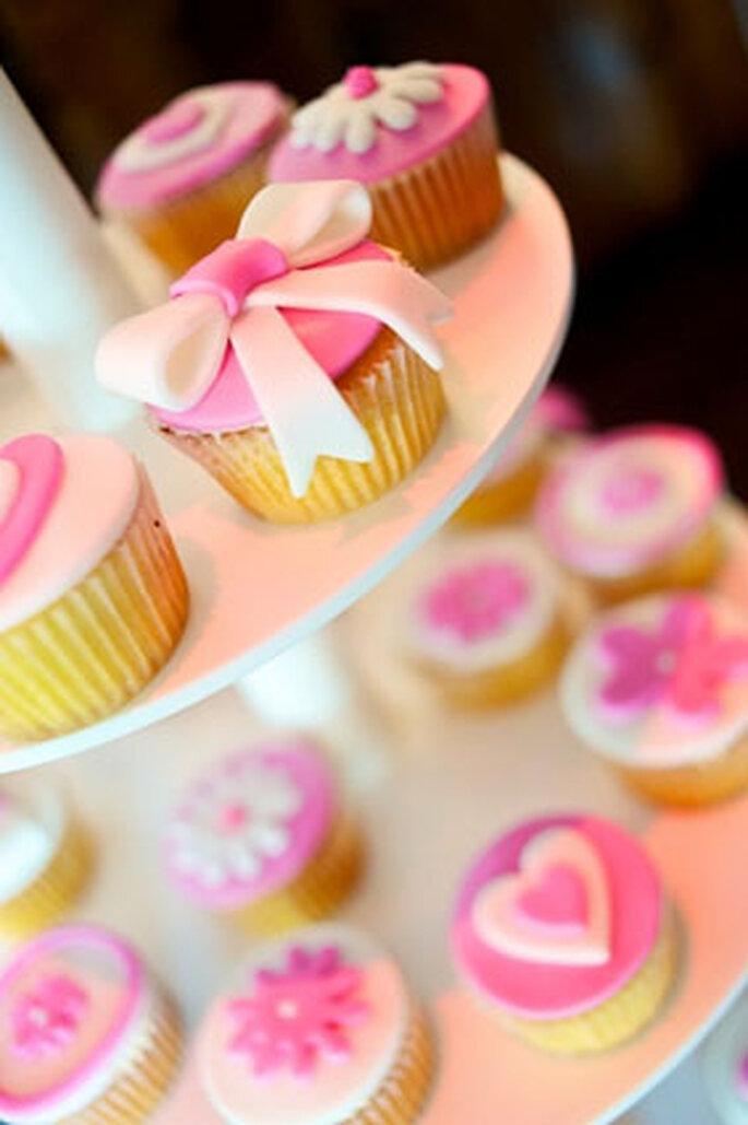 Hochzeitstorte als Finger Food – Foto: Eppel Fotografie