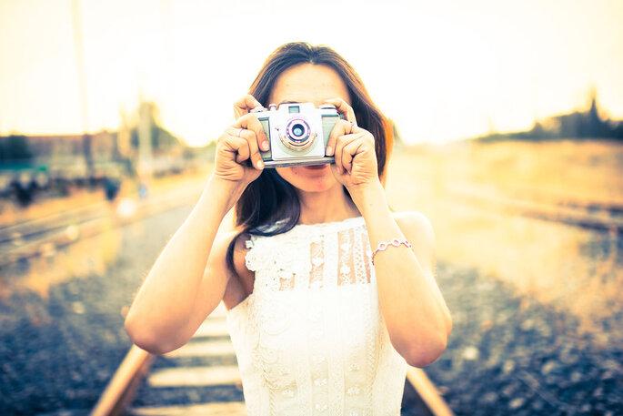 chica haciendo foto