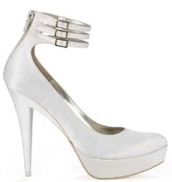 Chaussures de mariée Pura Lopez hiver 2010/2011