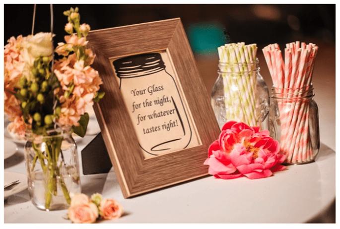 Décoration de mariage avec vases en cristal - Photo Macon Photography