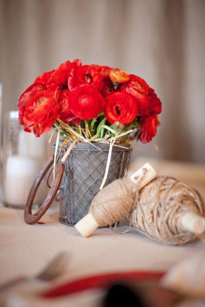 Tintes rojizos y magia en tu boda - Foto Aaron Delesie