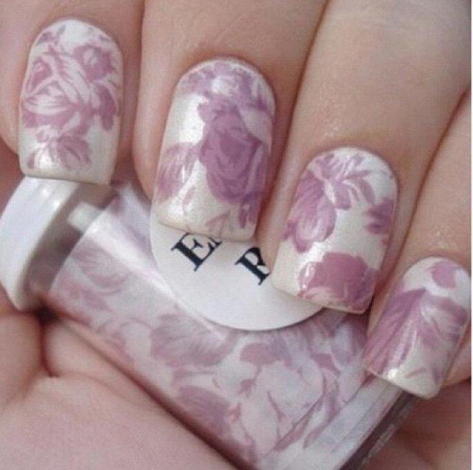 Nagelfolien sind der neue Trend für den kommenden Sommer – Foto: instagram/nailsforever01