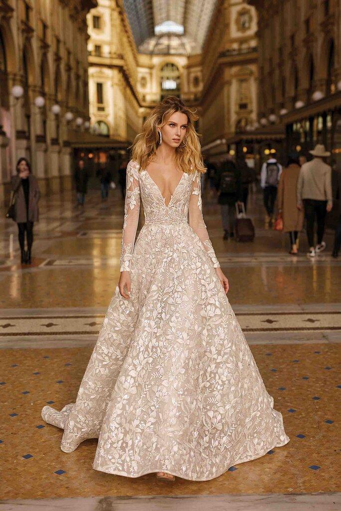 Vestido de novia escote en V