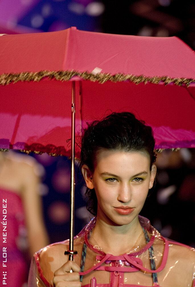 Perfektes Duo: Regenschirm und Regenjacke – Foto: Seco
