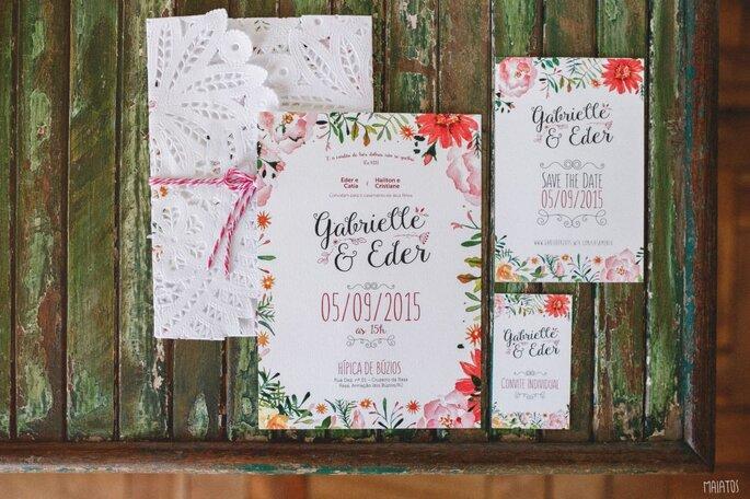 Convite florido para casamento
